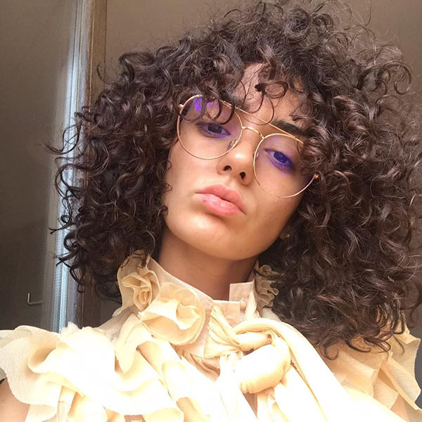 Curly Hairstyle Pictures For Medium Hair