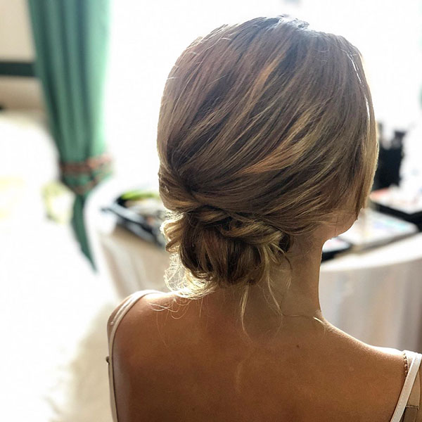 Medium Hairstyle Pictures For Wedding