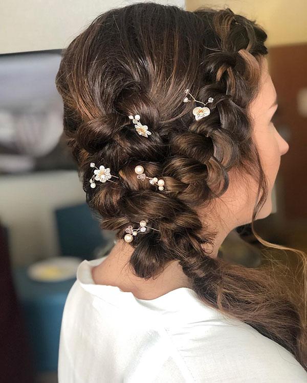 Medium Hair Ideas For Wedding