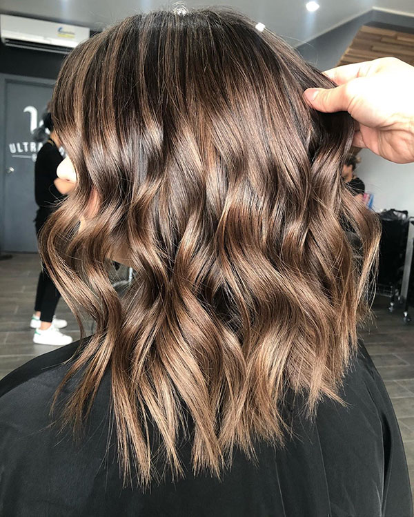 Medium Hairstyles For Thick Hair 2020