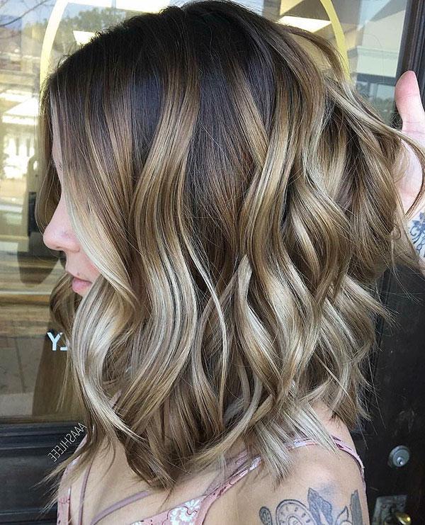 Medium Wavy Hairstyles 2020