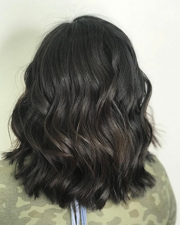 Haircuts For Brunettes With Medium Hair