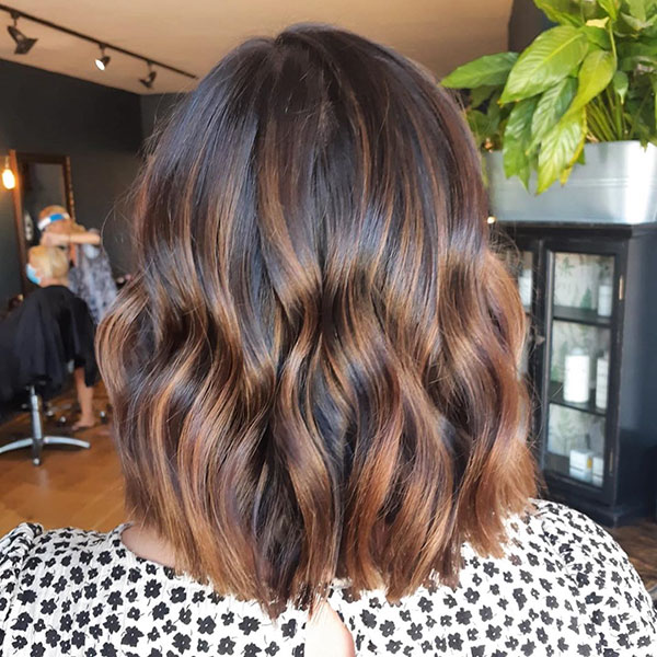 Pics Of Medium Hairstyles For Brunettes