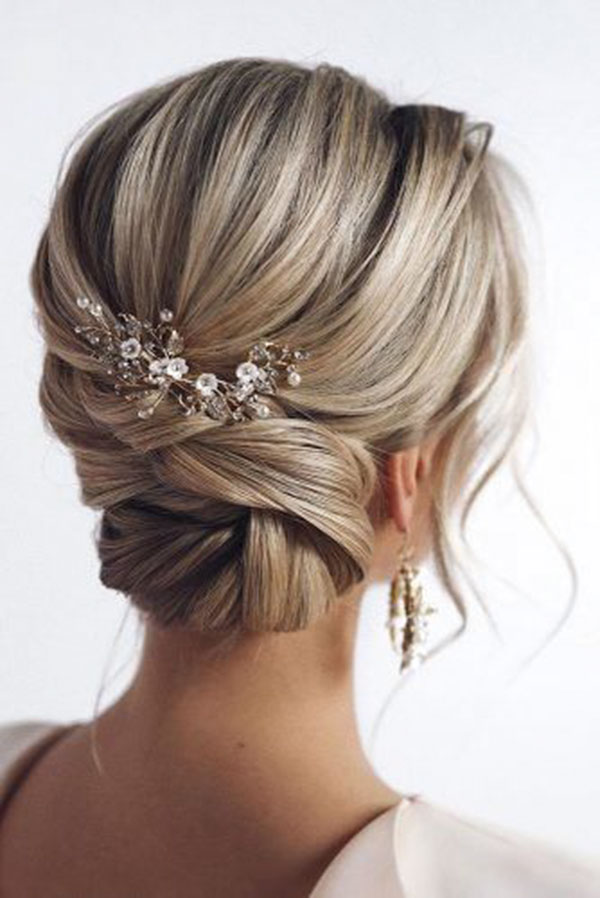 Medium Hairstyles For Wedding