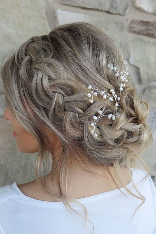 Easy Bridal Hairstyles For Medium Hair